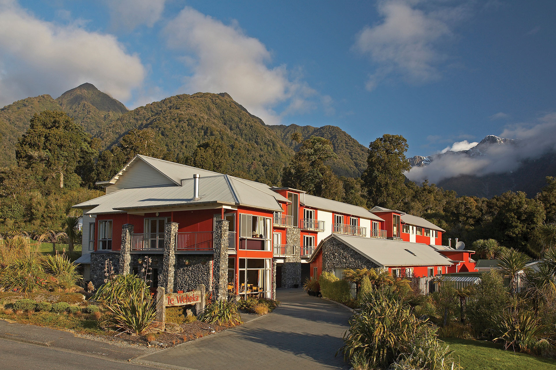 Distinction Hotel, Fox Glacier